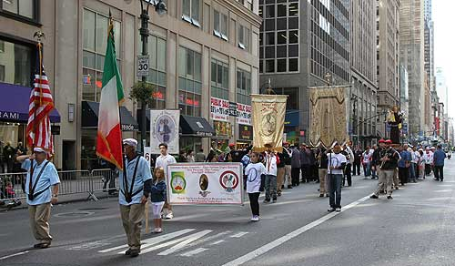 East Harlem Giglio Society Marches in the Columbus Day Parade 2013
