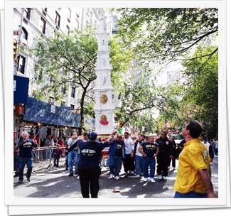 Giglio Boys in Columbus Day Parade 2004